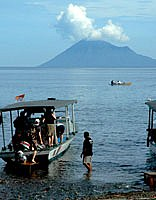 Dive boat leaving to Bunaken Marine park
